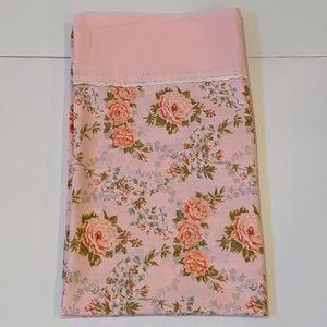 2/$20 Vintage pink floral pillowcase